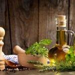 Растительные масла на лечебных травах