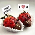 Клубника в шоколаде «Божьи коровки» на День Влюбленных