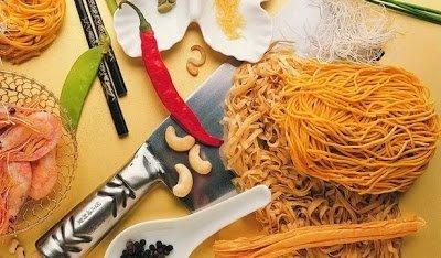 Домашняя лапша, Домашняя лапша классическая, Домашняя лапша по-итальянски, Домашняя лапша по классическому рецепту, Домашняя лапша удон, Домашняя лапша цветная, Домашняя рисовая лапша Куриный суп с домашней лапшой, Рисовая лапша со свининой и овощами (вок), Секреты приготовления домашней лапши, Тонкая домашняя лапша с курицей, Домашняя лапша: секреты приготовления, советы, рецепты, как приготовить лапшу дома, приготовление домашней лапши, как приготовить лапшу своими руками, домашняя лвпша рецепты, тесто для домашней лапши, как приготовить лапшу домашнюю, тесто для лапши по домашнему, как приготовить домашнюю лапшу тесто, как варить домашнюю лапшу, домашняя лапша для супа рецепт, домашняя лапша для супа, домашняя лапша рецепт, суп с домашней лапшой, суп домашняя лапша, Макаронные изделия — тематическая подборка рецептов и идейhttp://prazdnichnymir.ru/