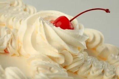 Восхитительная выпечка: полезные советы и решение проблем, Ёлочки из кондитерской мастики для украшения торта (МК), Как правильно использовать плунжеры (МК), Как растопить шоколад?, Карамель для тортов на сливках, Кондитерская мастика из зефира, Крем для торта из зефира и сметаны, Крем для торта из зефира и шоколада, Кремовые лепестки — простое украшение для торта, Кремы для десертов, тортов и других сладких блюд, Лебеди из зефира для украшения торта (МК), Муссы для десертов, тортов и других сладких блюд. Коллекция рецептов Оформление маффинов кондитерской мастикой (фото-идеи,) «Платье» — оформление кексов кондитерской мастикой, Сиропы для пропитки бисквита — рецепты и советы, Цветки магнолии из розового шоколада для украшения тортов, Украшение торта круглыми конфетами (МК) Украшение торта кремовыми сердечками (МК), Украшение торта круглыми конфетами (МК) ,Украшение торта кремовыми сердечками (МК), Шоколадные гнезда с яичками( МК), Шоколадные перья для украшения десертов( МК), как сделать украшения из кондитерской мастики, как сделать украшения из шоколада, как приготовить украшения из айсинга, украшения для торта из крема, как украсить торты, как украсить печенье, как украсить пряники, праздничные украшения, http://eda.parafraz.space/, Снеговики из безе для новогоднего стола Кондитерские украшения — тематическая подборка рецептов и идей