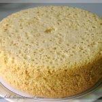 Бисквит для торта в кастрюле (без духовки)