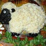 Мясной салат «Овечка» с цветной капустой
