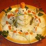 «Снеговик и мыши» — закуска из фаршированных яиц