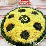 Салат «Футбольный мяч» с тунцом и помидорами
