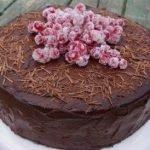 Торт «Пища дьявола» с шоколадным ганашом