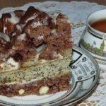 Торт «Екатерина» с орехами, маком и сметанным кремом