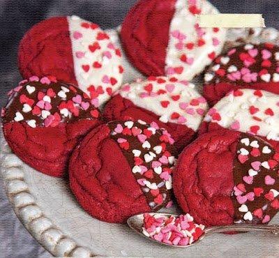печенье, печенье на День Влюбленных, печенье песочное, печенье в шоколаде, блюда на День Влюбленных, праздничный стол на День Влюбленных, рецепты на День Влюбленных, 14 февраля, День святого Валентина, рецепты печенья, рецепты праздничные, печенье цветное, блюда романтические, блюда праздничные,