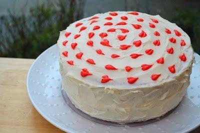 торты кремовые, оформление тортов кремом, сердечки кремовые, оформление тортов сердечками, декор торта, мастер-класс, идеи оформления тортов, идеи оформления блюд, торты, украшение тортов, торты для детей,