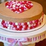 Украшение торта круглыми конфетами (МК)