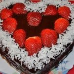 Торт «Валентинка» с глазурью и желе