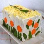 Торт бутербродный «Цыплячья лужайка» с курицей и морковью