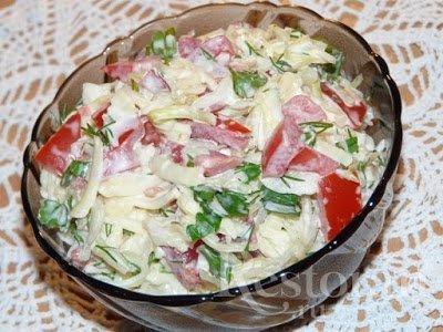 салат капустой, капуста, салат оощной, салат с сыром, сыр твердый, салаты, рецепты, рецепты салатов,