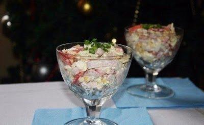салат капустой, капуста пекинская, салат с ветчиной, ветчина, перец болгарский, салат с болгарским перцем, салаты, рецепты, рецепты салатов,