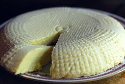 сыр, сыр домашний, сыр на яйцах, сыр на сметане, приготовление сыра, рецепты сыра, рецепты, молочные продукты,