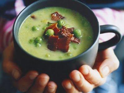 на Хэллоуин, рецепты на Хэллоуин, блюда на Хэллоуин, суп, суп на Хэллоуин, как приготовить суп, первые блюда, суп из зеленого горошка, суп-пюре, суп гороховый, суп с беконом, горошек зеденый,
