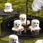 «Привидение» из печенья и маршмеллоу