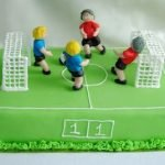 Торт «Футбольное поле» с кондитерской мастикой