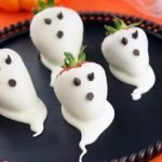 Клубничные «Привидения» на Хэллоуин