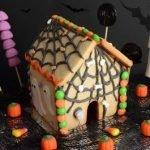 «Дом с привидениями» — пряничный домик Хэллоуин