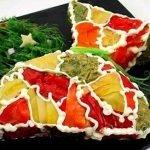 Закусочный новогодний торт из слоеного теста «Мешочек счастья»