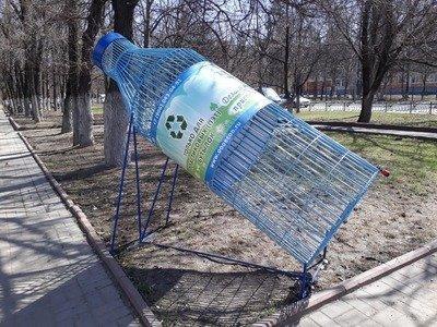 Что нужно знать при покупке воды и еды в пластиковой упаковке, Что нужно знать при покупке воды и еды в пластиковой упаковке, http://prazdnichnymir.ru/, пластиковые бутылки, пластиковые контейнеры, пластиковая посуда, пищевой пластик, интересное про пластиковые бутылки, интересное про пластиковую посулу, какой пластик вреден, как правильно выбрать пластиковую посуду, маркировка пластиковых бутылок, маркировка пластиковой посуда, что означает маркировка на пластике, символы на пластиковой посуде, опасный пластик, безопасный пластик, PET или PETE, HDP или HDPE, PVC или V, LDPE, PP, PS, O, OTHER, PC, PEHD (HDPE), рекомендации по безопасности пластиковой тары, одноразовая тара, пластиковая тара, использование пластиковой тары повторно, пищевой пластик как обозначается, непищевой пластик как обозначается,