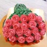 "Торт ""Букет роз"" из белково-заварного крема"