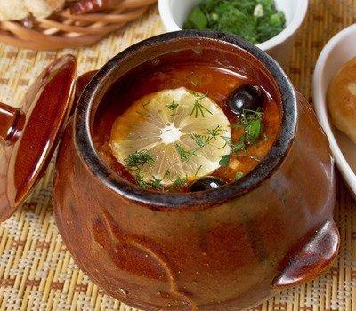 Рецепты, как приготовить солянку, рецепты солянки, мясная солянка, рыбная солянка, грибная солянка, рецепт грибной солянки, рецепт грибной солянки, рецепт рыбной солянки, Секреты приготовления солянки, Солянка с колбасой, Солянка с копченой курицей, Солянка с маслинами, Солянка с охотничьими колбасками, Солянка с почками и салом, Солянка с сердцем и беконом,русская кухня, солянка, суп, солянка мясная, солянка с мясом, солянка сборная, первые блюда, мясо, бульон, мясопродукты, рецепты, рецепты супов, рецепты первых блюд, рецепты солянок, рецепты кулинарные, кулинария, коллекция рецептов, еда,