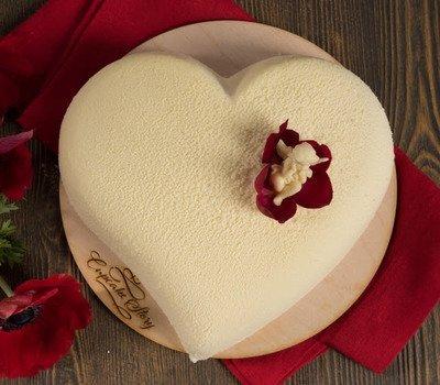 """торты, торты """"Сердце"""", торты на День влюбленных, любовь, сердце, День Влюбленных, День святого Валентина, 14 февраля, торты праздничные, оформление тортов, блюда """"Сердце"""", декор тортов, сладости, десерты, рецепты, идеи оформления, советы кулинарные, стол праздничный, стол на день Влюбленных, торты романтические, ужин романтический, блюда романтические, любовь на тарелке рецепты кулинарные, кулинария, украшение тортов, торты своими руками, коллекция кулинарных рецептов, советы кулинарные, еда, праздники, стол праздничный, стол на день Влюбленных, торты романтические, ужин романтический, блюда романтические, праздники зимние, Пирог слоеный «Сердце» с клубникой, Пирожное «Розовре сердце» кокосово-клубничное, Лебеди из зефира для украшения торта (МК), Легкие Валентинки с малиновым муссом, Торт-сюрприз «I Love you», Торт «Абрикосовое сердце» с маскарпоне, Торт «Валентинка» с глазурью и желе, Торт «Люблю тебя» с засахаренными розами и пралине, Торт «Лебединое озеро» с лимонным кремом, Торт «Поцелуй» с шоколадной аппликацией, Торт «Сердечко» с эклерами и вишней, Торт «Сердце для любимой» с меренгами и вареньем Торт 'Сердце' с ананасами, клубникой и киви Торт «Сердце» с клубничным джемом, кремом и вишней, Торт «Сердце» с кремом из нутеллы, Торт слоеный «Услада сердца» с творожным кремом, Торт «Услада моего сердца» с шоколадной помадкой, Торт «Шоколадное сердце», Торт «Шоколадное сердце» со сметанным кремом, Торт шоколадный «Сердце» с двойным муссом, Украшение торта кремовыми сердечками (МК), Украшение торта круглыми конфетами (МК),Торты «Змея» — рецепты, идеи оформления, фото, змея фото, как сделать торт змея, торт на год змеи, какой торт сделать на год змеи, торт на день рождения змея, торт в виде змеи фото, торт в виде змеи рецепт с фото, торт в виде змеи своими руками рецепт с фото, как сделать торт на год змеи, выпечка в виде змеи рецепт, десерт в виде змеи рецепт с фото, кремовый торт змея рецепт, торт из мастики змея рецепт, оригинальный торт, год Змеи, знак змеи, тор"""